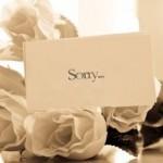 結婚式の招待状を欠席で返信するときのマナーと文例