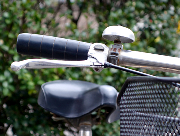 前輪ブレーキレバーの画像