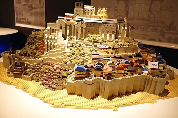 フランスのモン・サン・ミッシェルのレゴ