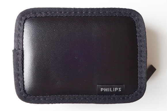 フィリップス SHE9720のキャリングケース